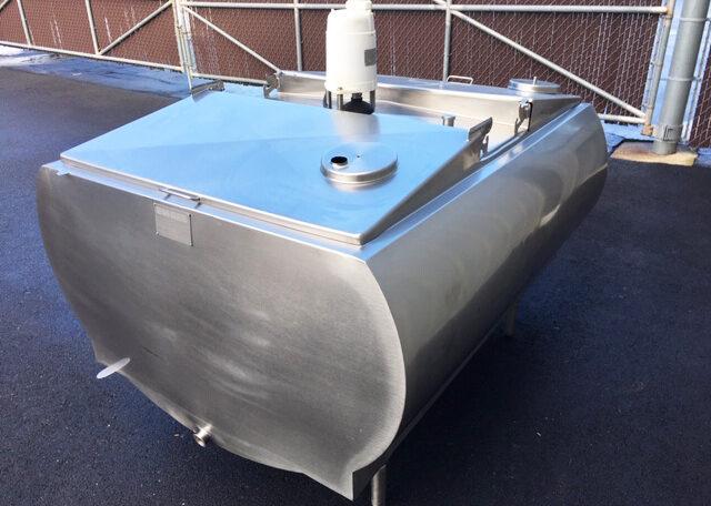 Mueller 250 Gallon Refrigerated Bulk Milk Tank (9)