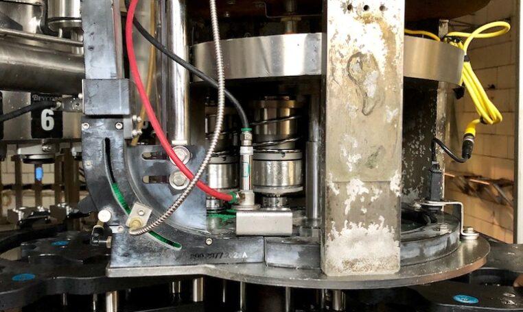 Crown Bottle Filler Alcoa Capper Model 60-12 c