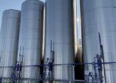Feldmeier 25,000 gallon vertical Jacketed Tanks b